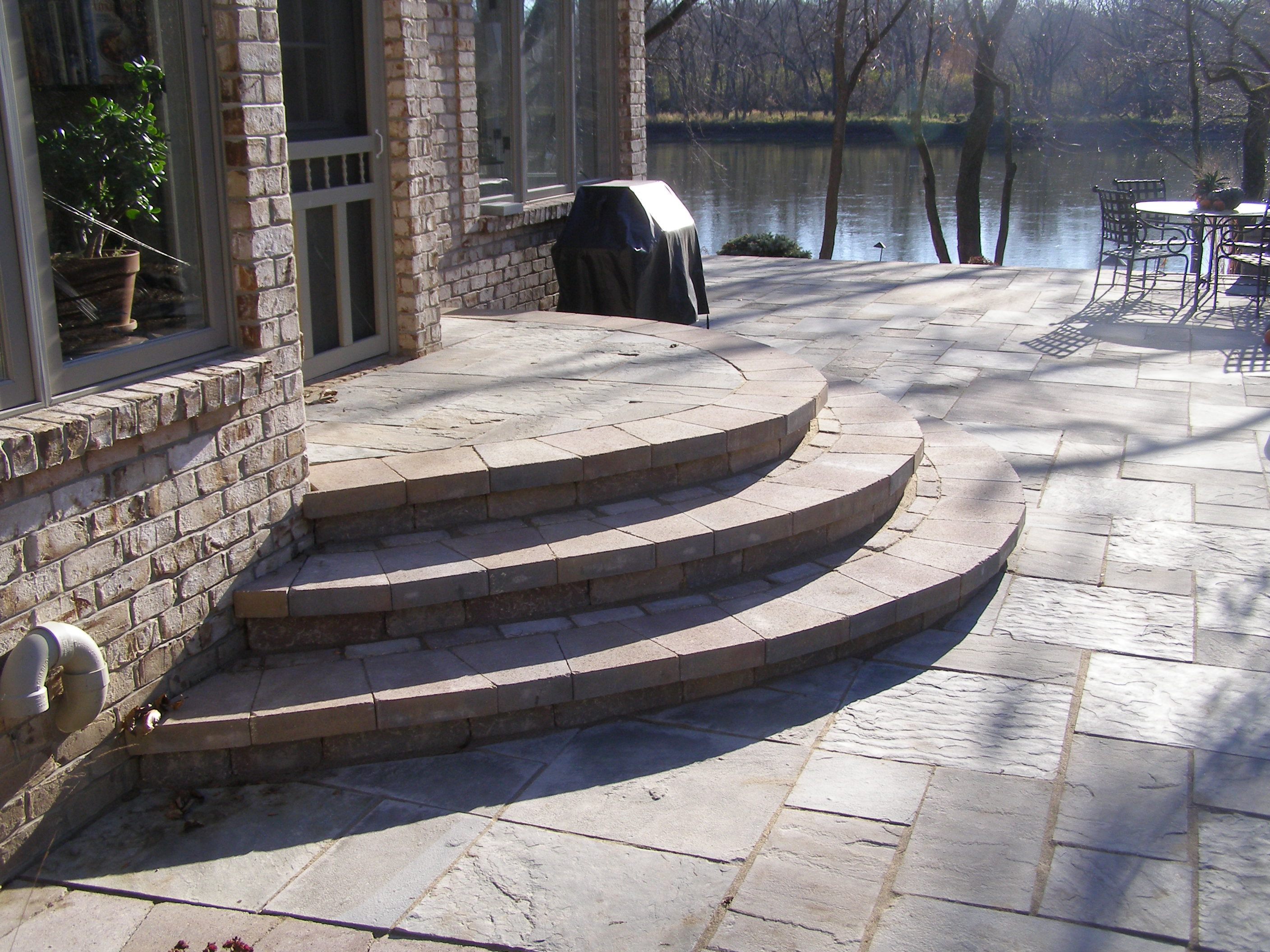 Concrete can also be used to create steps and other hardscapes
