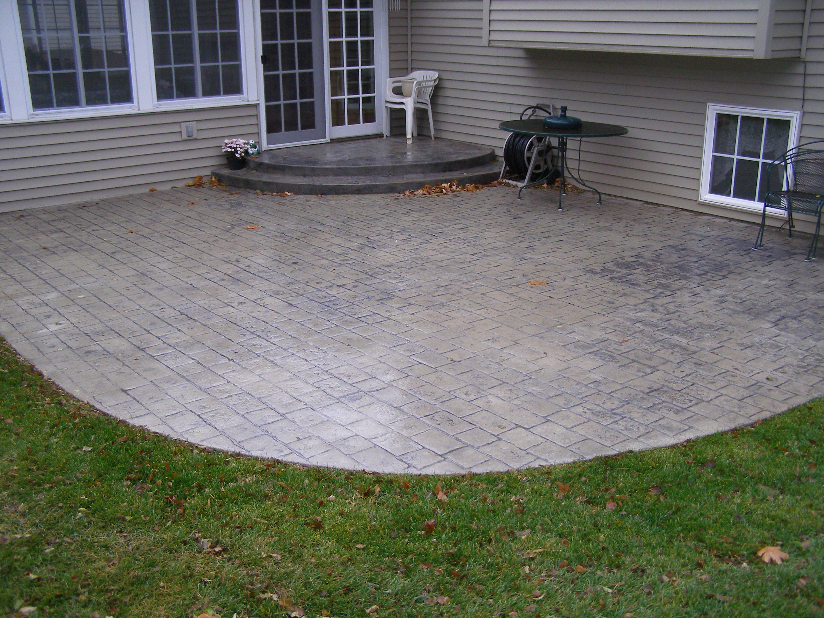 Our Rockford design staff specialize in stamped concrete projects like this patio